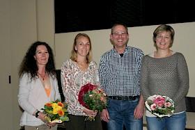 Die neuen Vorsitzenden Prof. Dietmar Dinter und Stefanie Pöltl (Mitte) sowie Schriftführerin Lorna Haberkern (links) und Kassenwartin Ulrike Brache (rechts)
