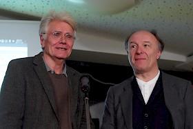 (Copyright Freundeskreis Hebel-Gymnasium) Peter Staengle und Roland Reuß gaben einen Einblick in die reizvolle und schwierige Aufgabe, Franz Kafkas Gesamtwerk herauszugeben.