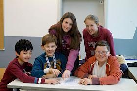 Die Mathe-Cracks Felix Zhang, Moritz Brand, Roxana Gulde, Anna-Sophia Hoffmann und Eike Janson schafften beim Unterstufen-Teamwettbewerb einen fünften Platz.