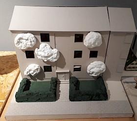 Abb. 3: Mehrfamilienwohnhaus mit Wolkenräumen zur Erweiterung in den Außenbereich